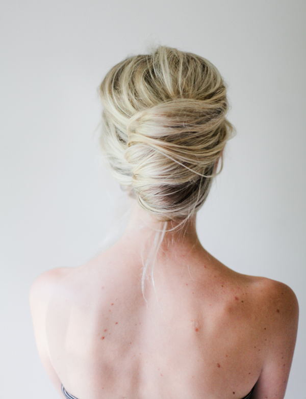 Messy French Twist Tutorial  – Once Wed
