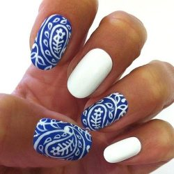 Paisley nails  – cute design ideas – Glam Radar