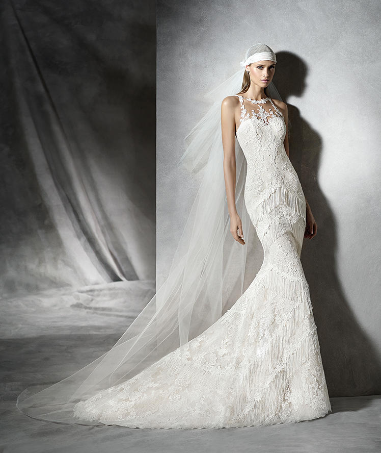 PLADIA – Original, modern wedding dress | Pronovias
