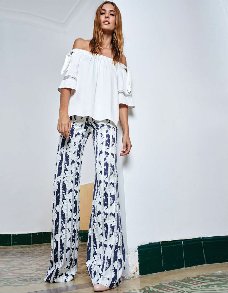 Alexis Beau Pant in Navy Blossom – SWANK