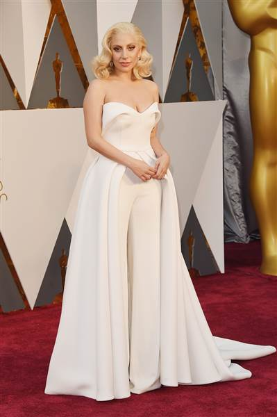 Oscars 2016 red carpet – Lady Gaga