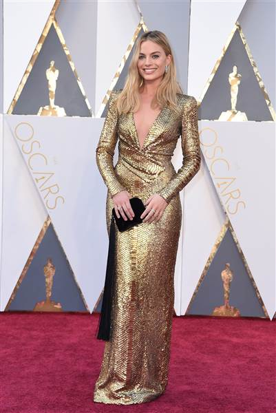 Oscars 2016 red carpet – Margot Robbie