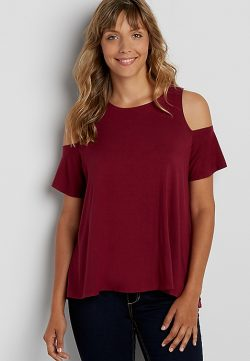 the 24/7 cold shoulder swing tee