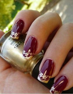 Deep red Gold mani | Design images