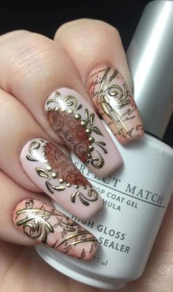 Romantic Vintage Nail Design
